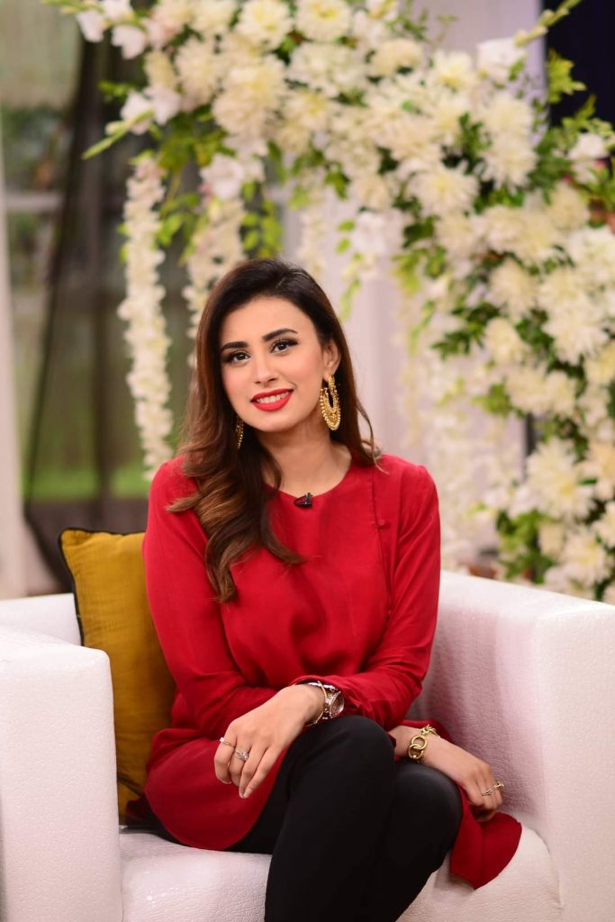 Madiha Naqvi Gorgeous Pictures from Good Morning Pakistan