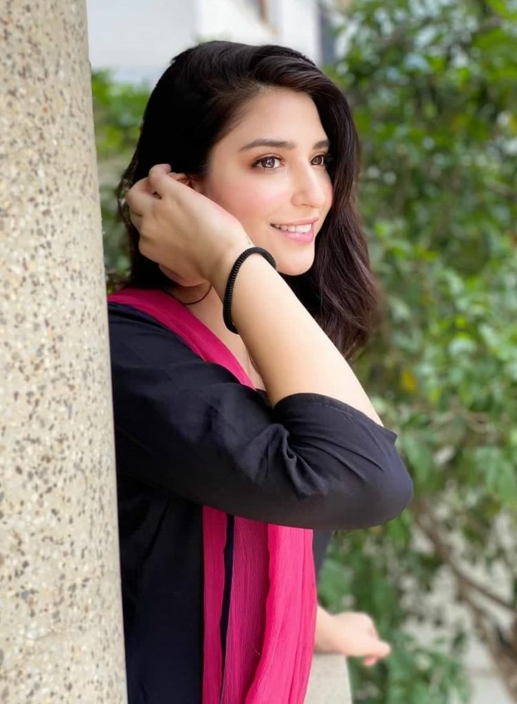 Sadaf Doesn't Want Shahroz To Work With This Popular Actress