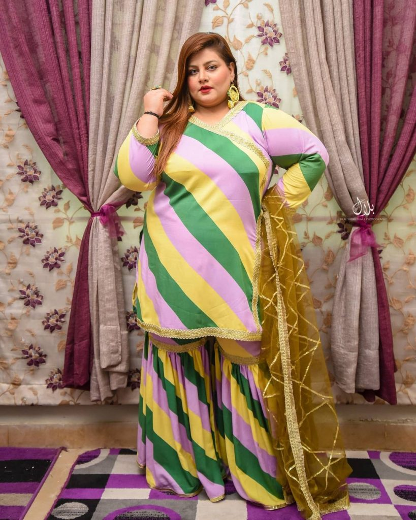 Public Reaction On TikToker Aleena Fatima Promoting Plus Size Fashion In Pakistan
