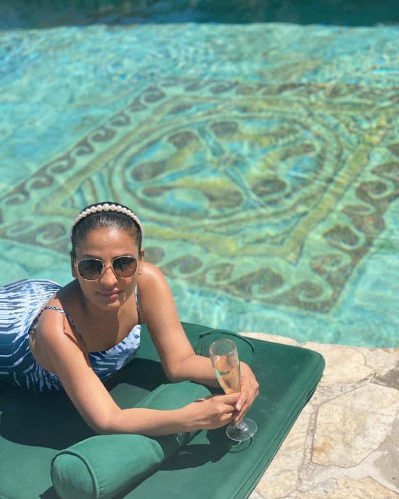 Aneela Murtaza Vacationing In Maldives And Dubai