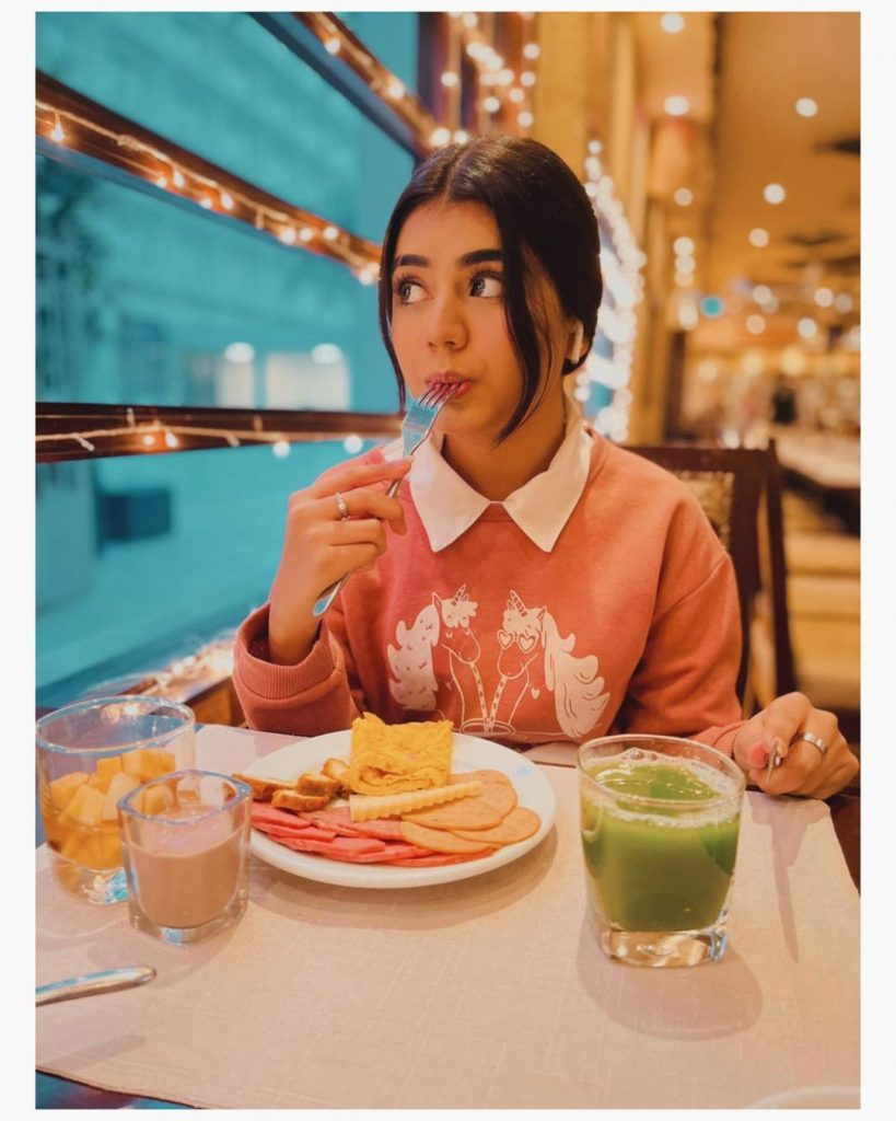 Foodie Photos of the Foodie Areeka Haq