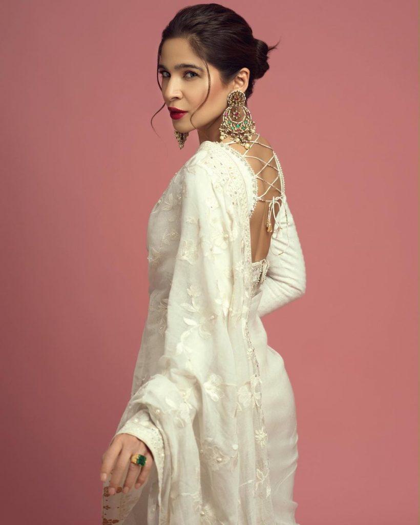 Ayesha Omar Stuns In Luxurious White Saree