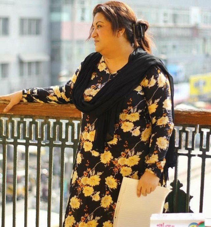 Candid Photos of the Veteran Hina Dilpazeer Khan
