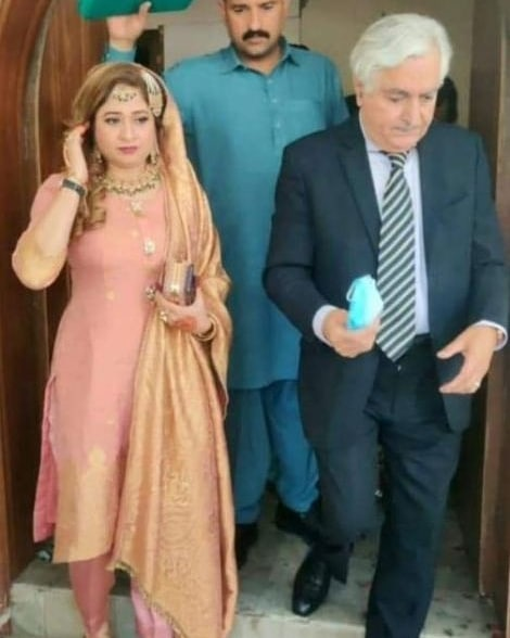 Former Minister Iftikhar Gillani Marries A 21 Year Old Girl
