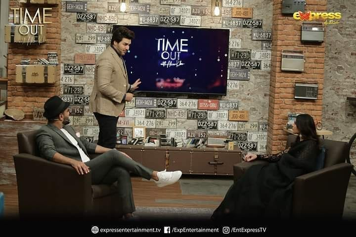 Yasir Hussain And Iqra Aziz Snapped Together At Timeout With Ahsan Khan