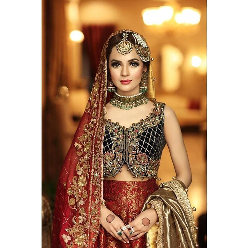 Latest Bridal Shoot Featuring Komal Meer