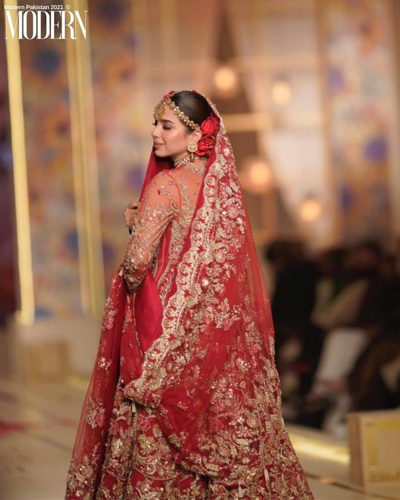 Sonya Hussayn Walked The Ramp For Zaha Couture At BCW Day 3