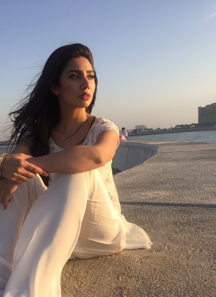 How Mahira Khan Deals With Different Kinds Of Intentions Of People