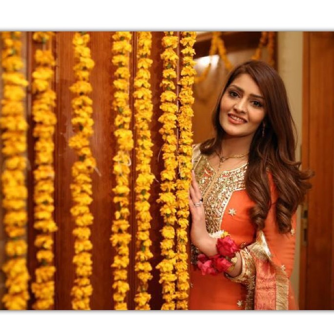 Maira Khan Comedian And Actress-Unseen Pictures