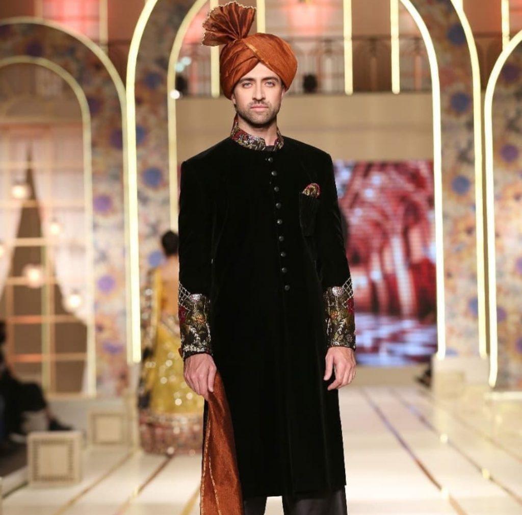Munib Nawaz ,Momin Saqib Featuring Mata e Jaan Ceremonial