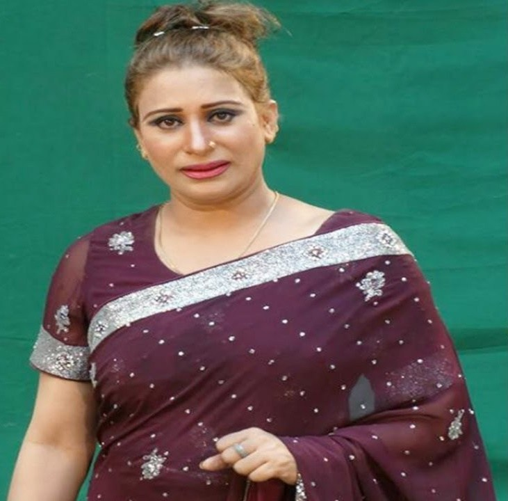The Life Story Of Singer Naseebo Lal