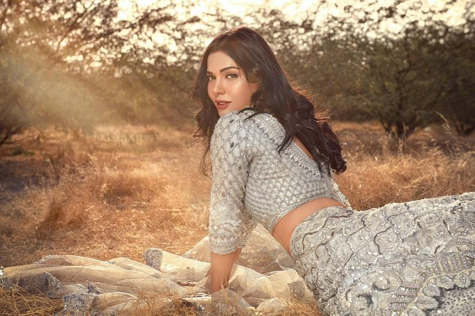 Recent Bridal Shoot Of Stunner Sara Loren