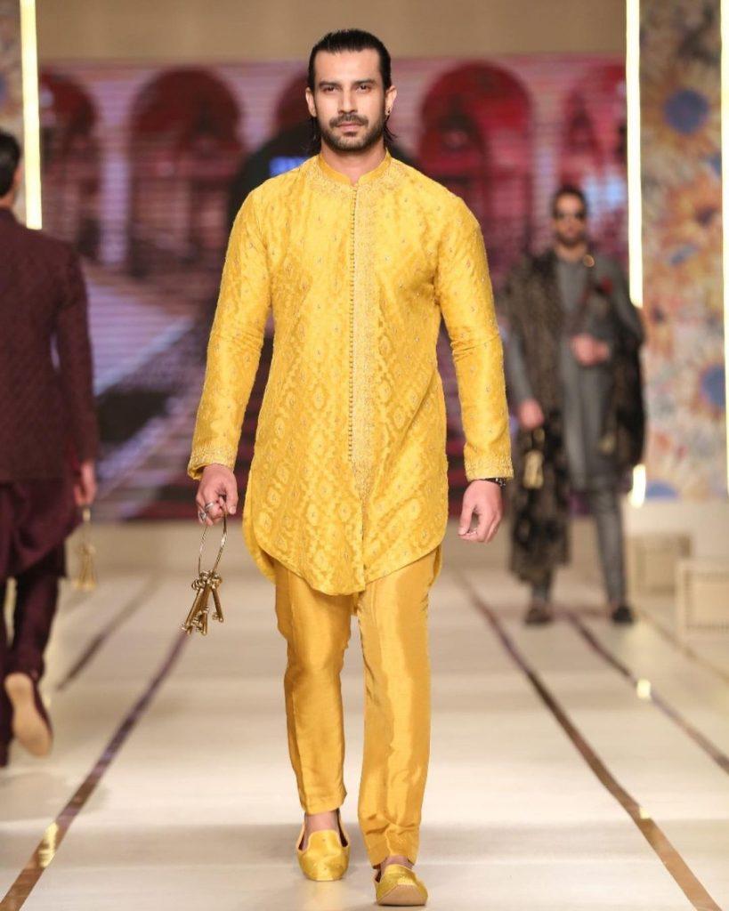Aijaz Aslam Looking Handsome in Gentlemen's Club