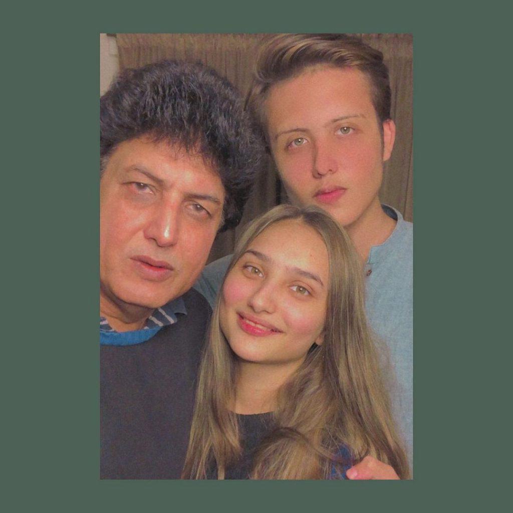 Khalil ur Rehman Qamar Son Surkhab Khalil