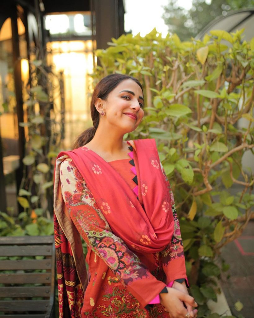 Decent Photos of Ushna Shah in Eastern Wears