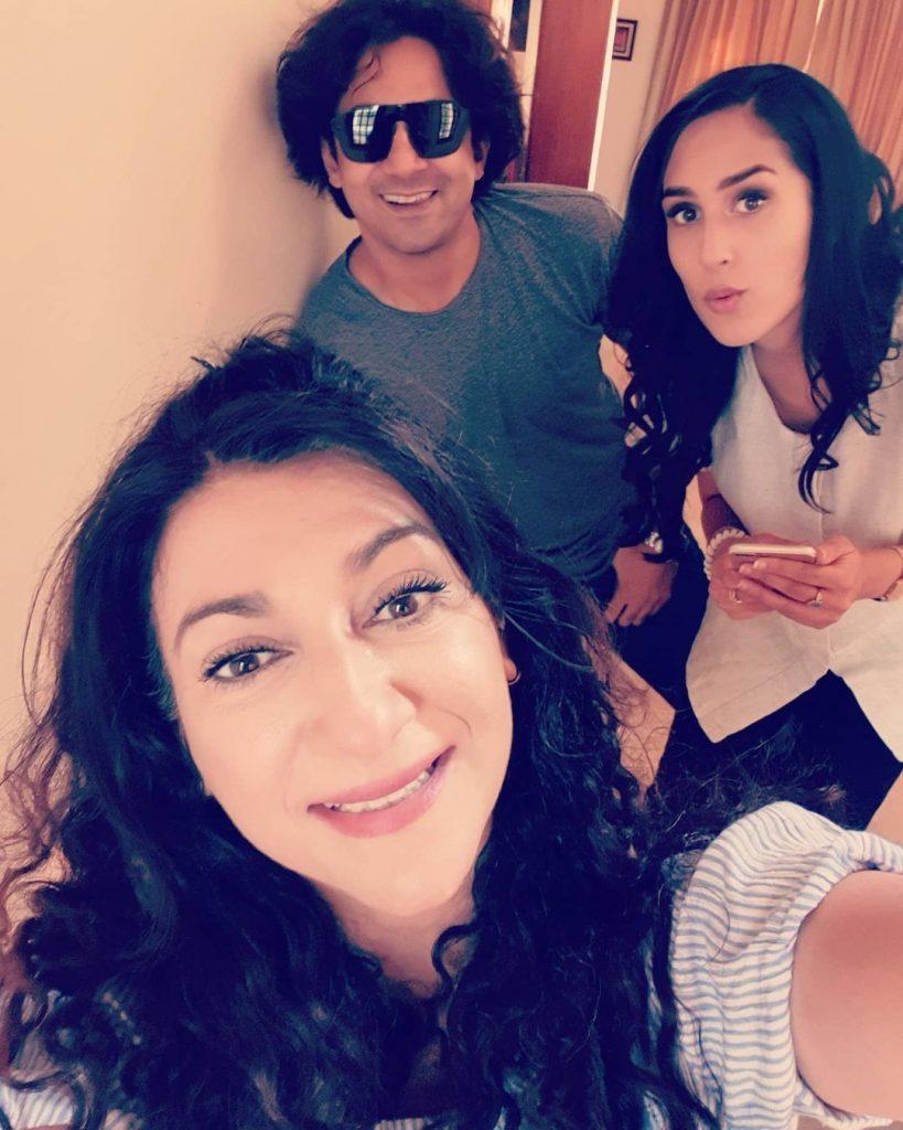 Ayeza Khan And Osman Khalid Butt Drama BTS Pictures