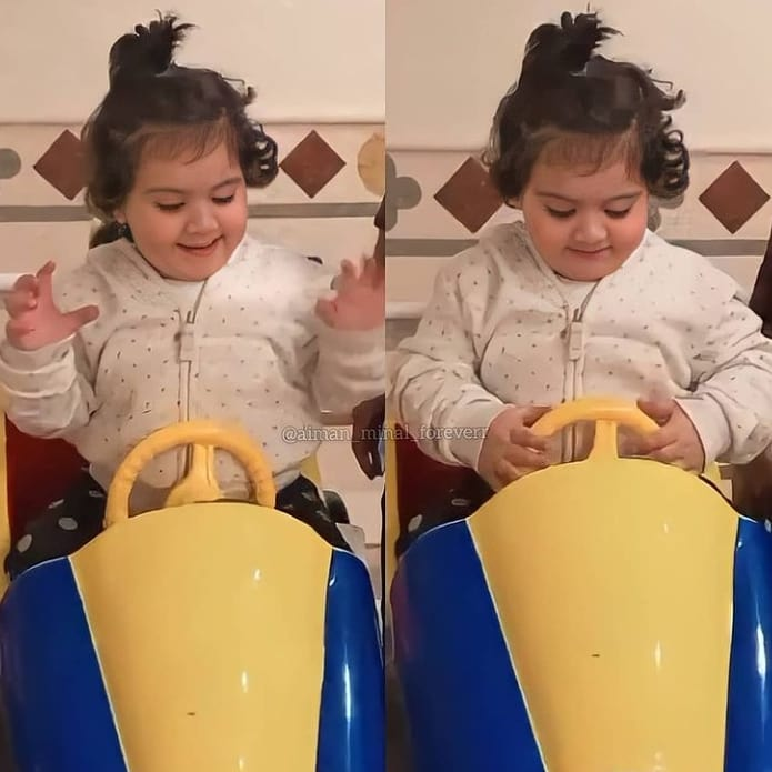 Aiman Khan and Muneeb Enjoying Vacations with Daughter Amal - Beautiful Pictures