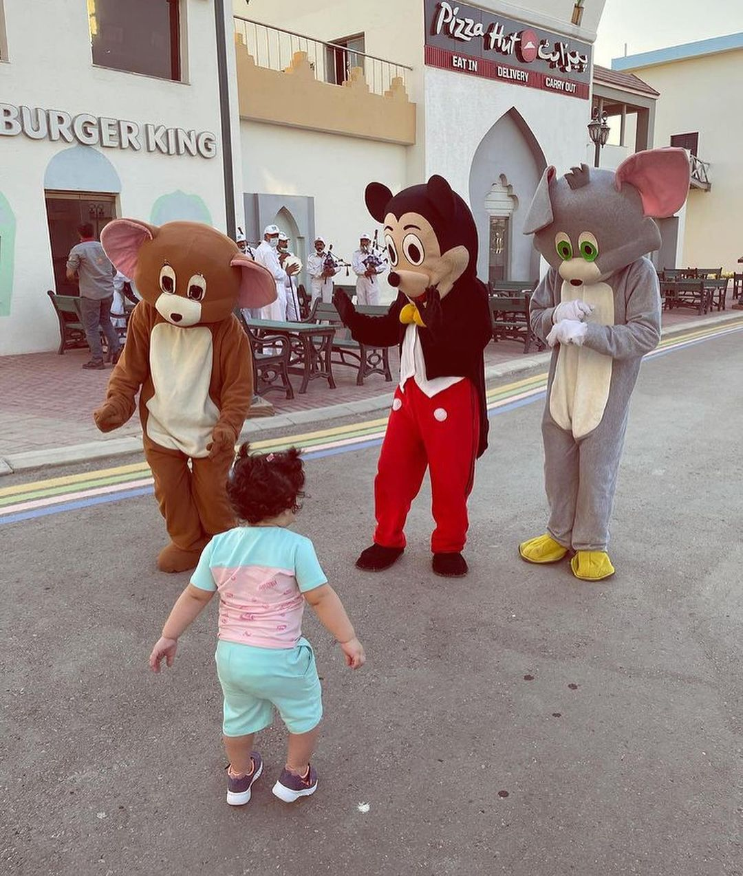 Aiman Khan and Minal Khan at Adventure Land with their Family