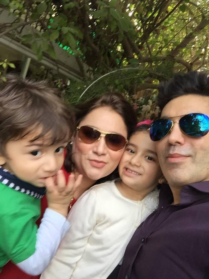 Singer Faakhir Mehmood with his Family - Latest Beautiful Pictures