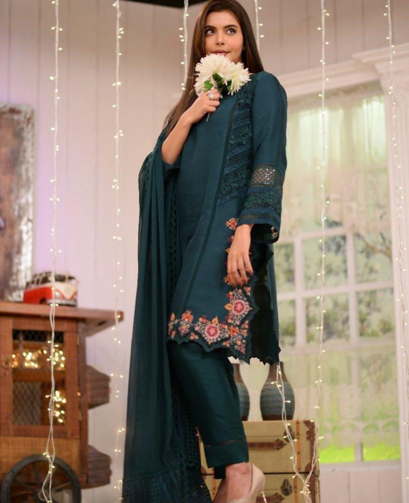 Nida Yasir Congratulates and Recalls Moment When Sohai First Introduced Shehzar