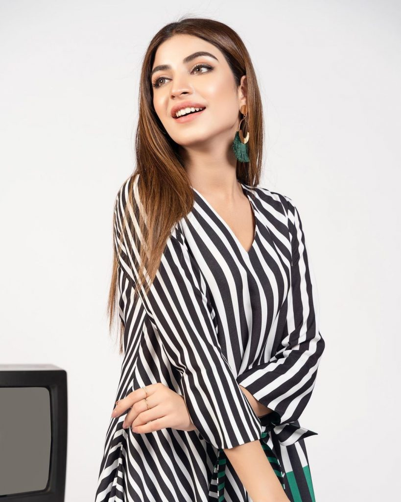 Kinza Hashmi Featured In Lulusar's Latest Collection