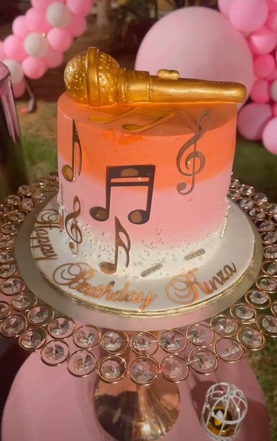 Kinza Hashmi's Birthday Bash