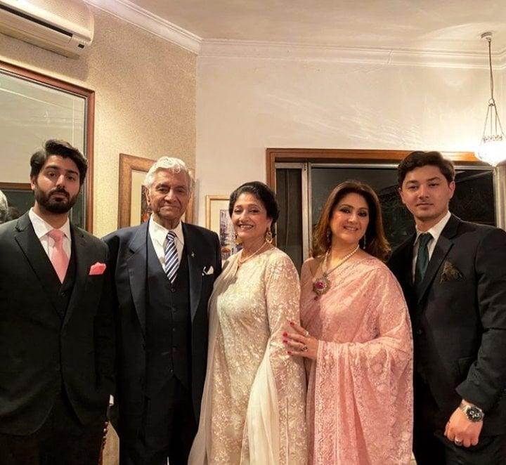 Nauman Ijaz's Wife Looking Ethereal At A Family Wedding