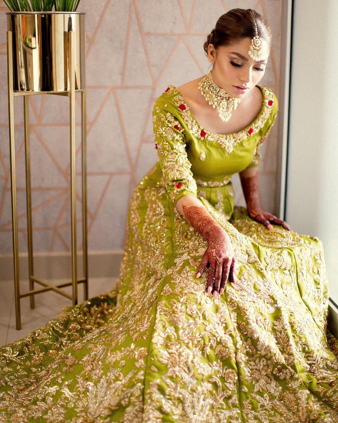 Actress Ramsha Salahuddin Beautiful Mehndi Look Pictures
