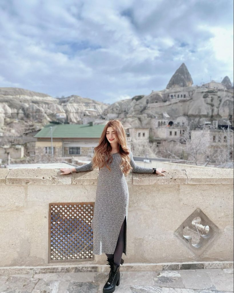 Nawal Saeed Beautiful Pictures From Turkey