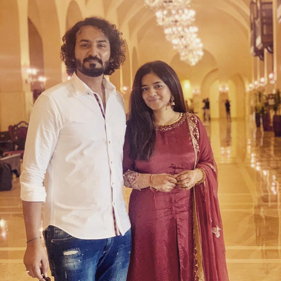 Director Qasim Ali Mureed Shares Pictures With Wife after Wedding