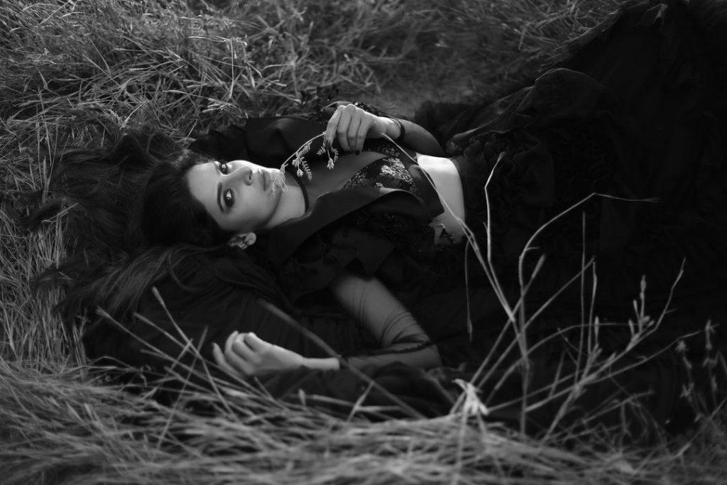 Saba Qamar's Latest Monochrome Photoshoot is Giving Classical Vibes