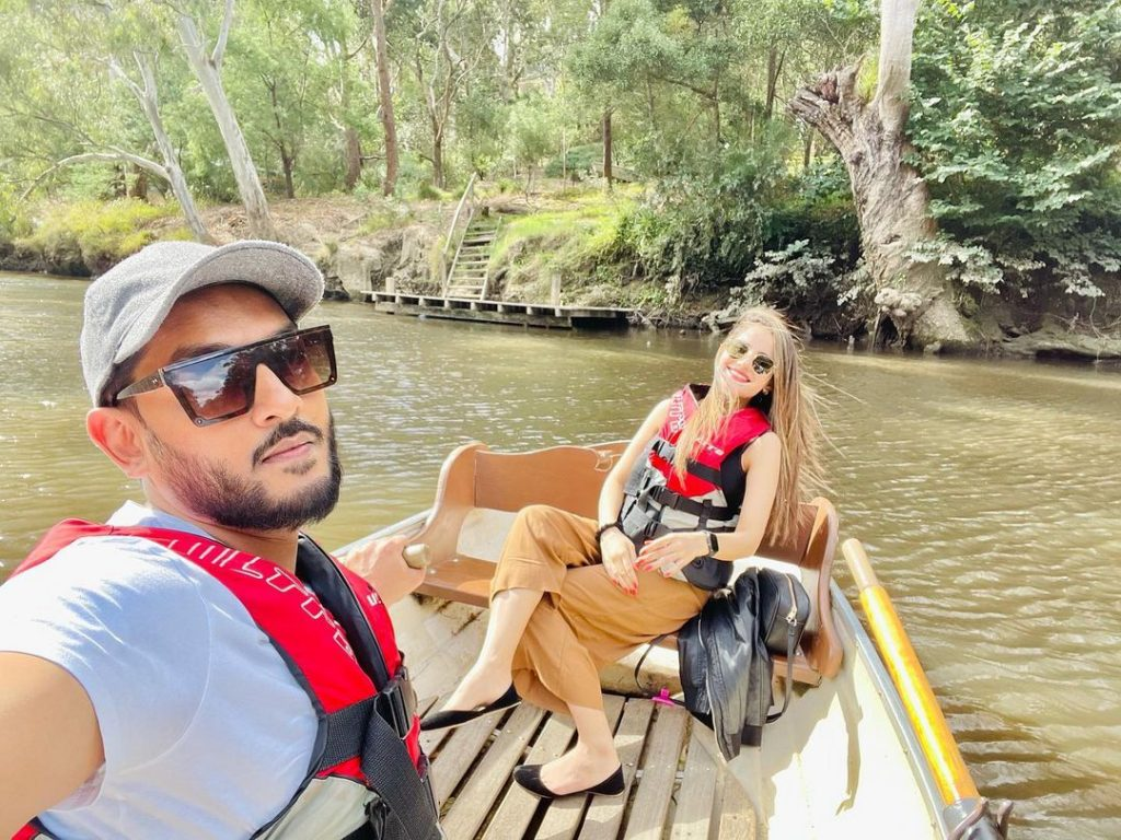 Latest and Cutest Photos of Saniya Shamshad With Her Husband