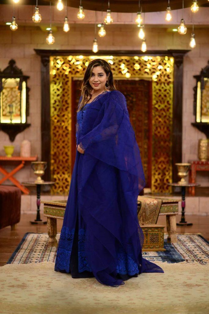 Komal Rizvi Talks About Her Divorce - Reveals Shocking Details