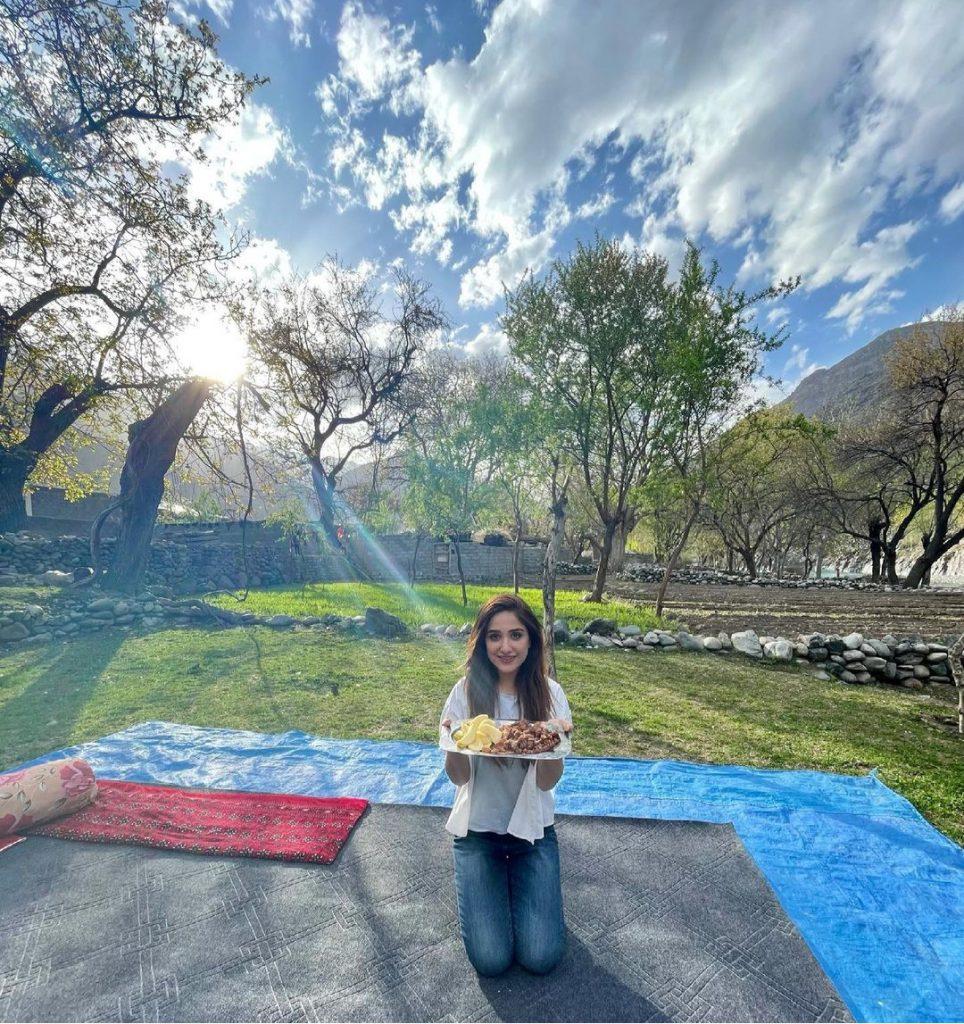Aiza Awan Beautiful Pictures From Gilgit Baltistan