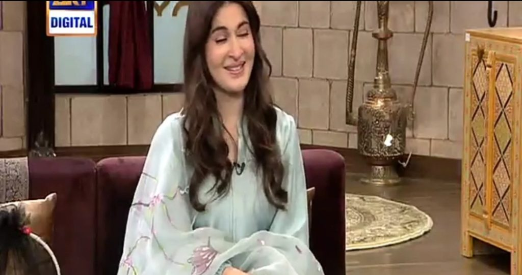 Here is What Burst Shaista Lodhi in Tears