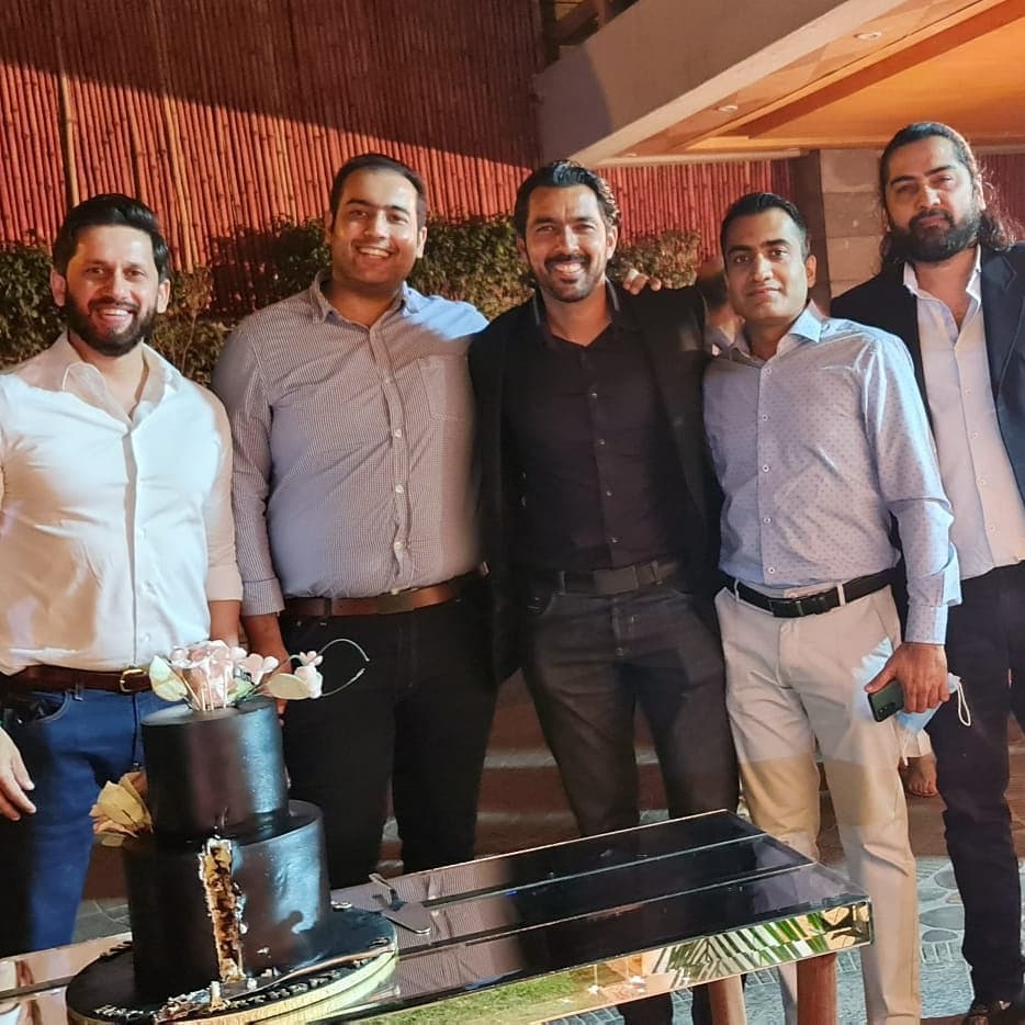Aisam Ul Haq Surprise Anniversary Party Pictures