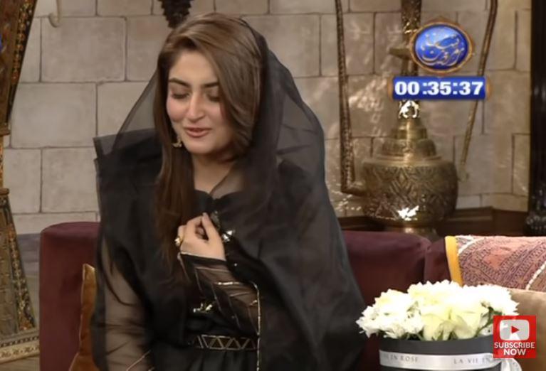 Hiba Bukhari In Her Melodious Voice Recites Naat At Shan-e-Suhoor