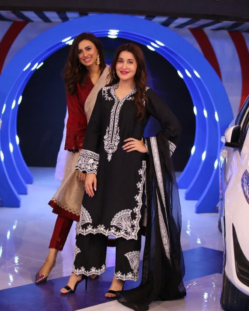 Sanam Jung And Madeha Naqvi At The Set Of JPL