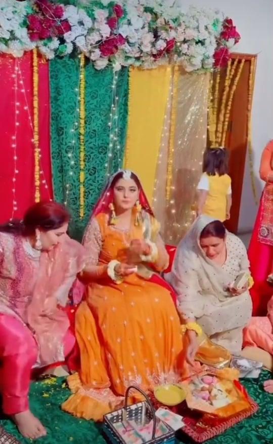 TikTok Stars Kanwal Aftab And Zulqarnain Sikander Dholki Pictures