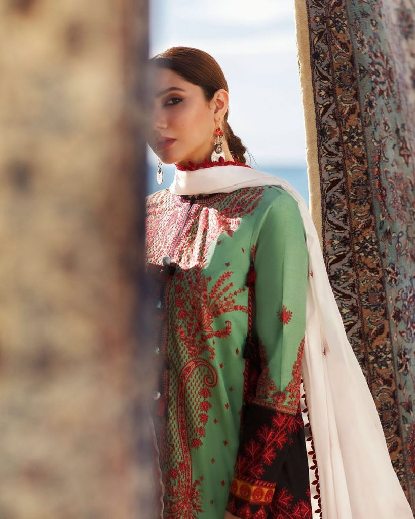 Mahira Khan Looks Like A Vision In her Latest Photo Shoot