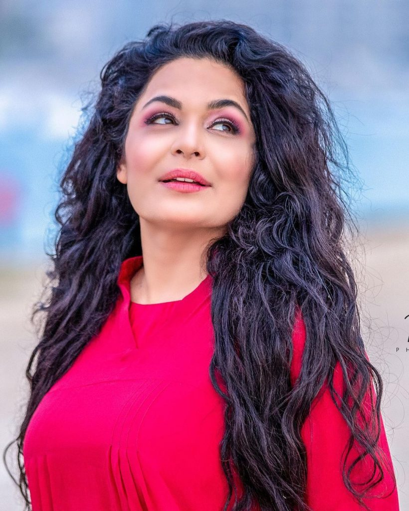 Actress Meera Discharged From US Mental Hospital