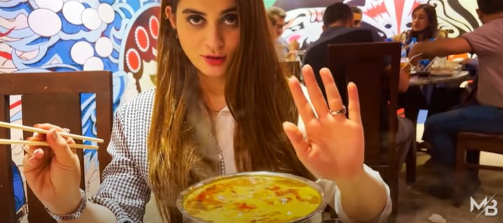 Aiman Khan And Muneeb Butt On A Dinner Date - New Vlog