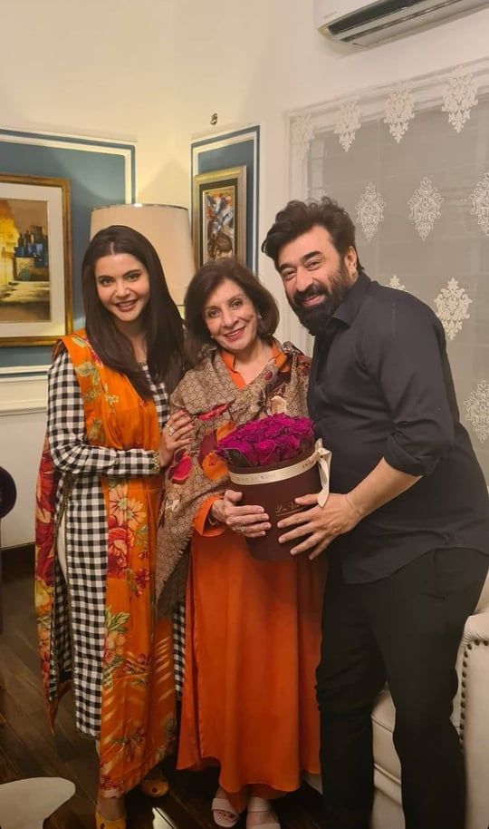 Nida And Yasir Hosted Success Party For Friends