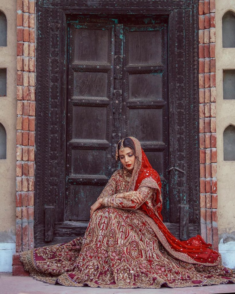 Rabia Butt Stuns In Her Recent Shoot For HSY