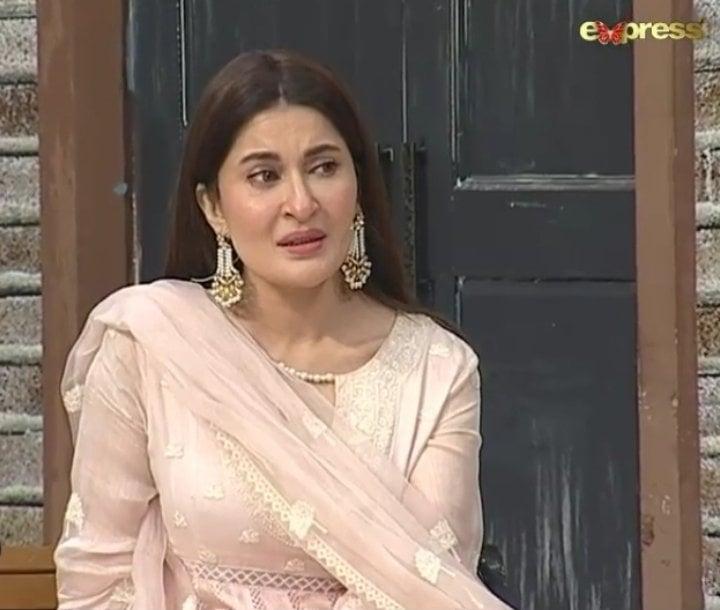 Why Shaista Lodhi Got Emotional During Live Transmission