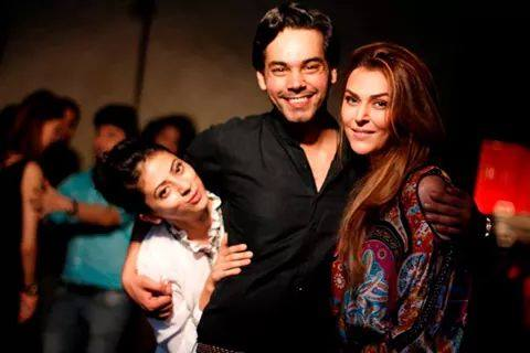 Pardes Drama Cast In Real Life