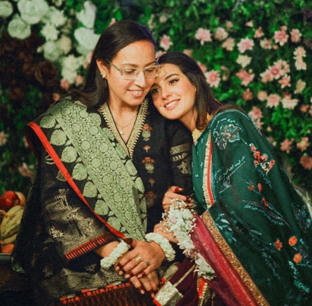 Mothers Day Heartwarming Messages From Celebrities To their Moms