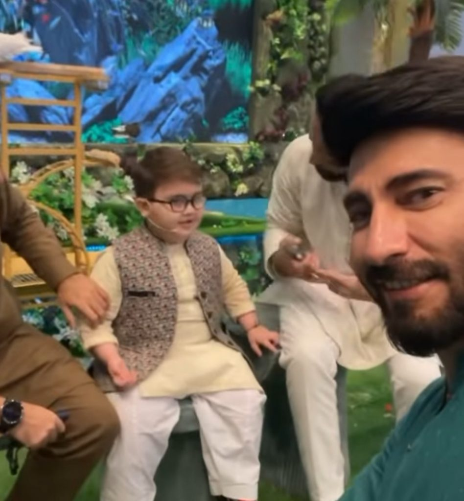 Aijaz Aslam Clapped Back At A Hater Trolling Ahmed Shah