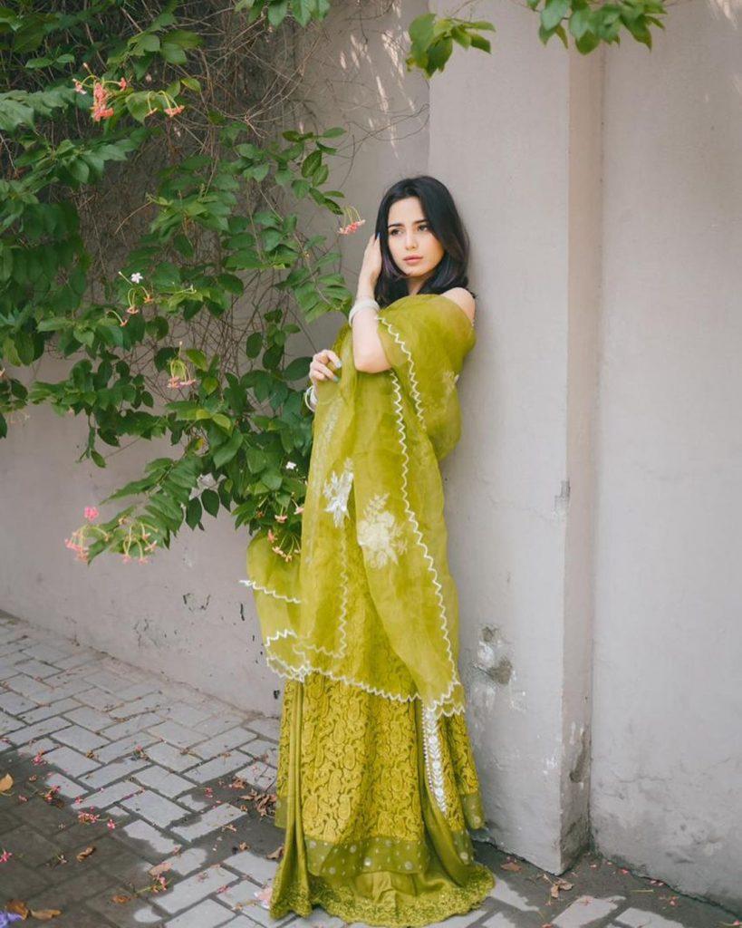 Aima Baig's Gorgeous Looks From Eid-ul-Fitr 2021
