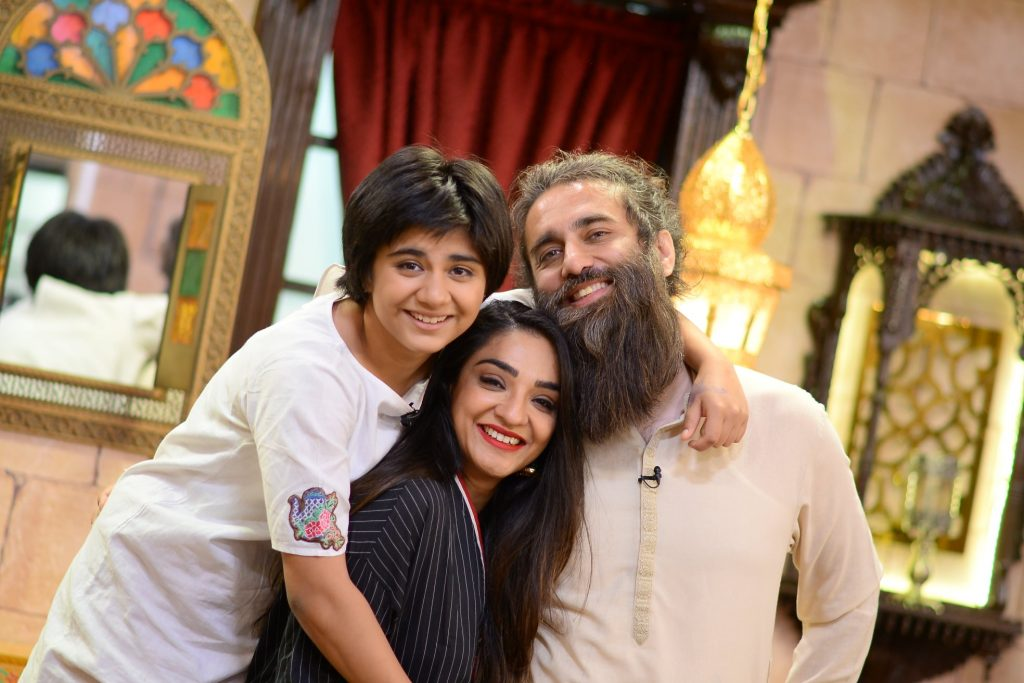 Ali Noor With His Wife Mandana And Daughter At Shan-e-Sahoor